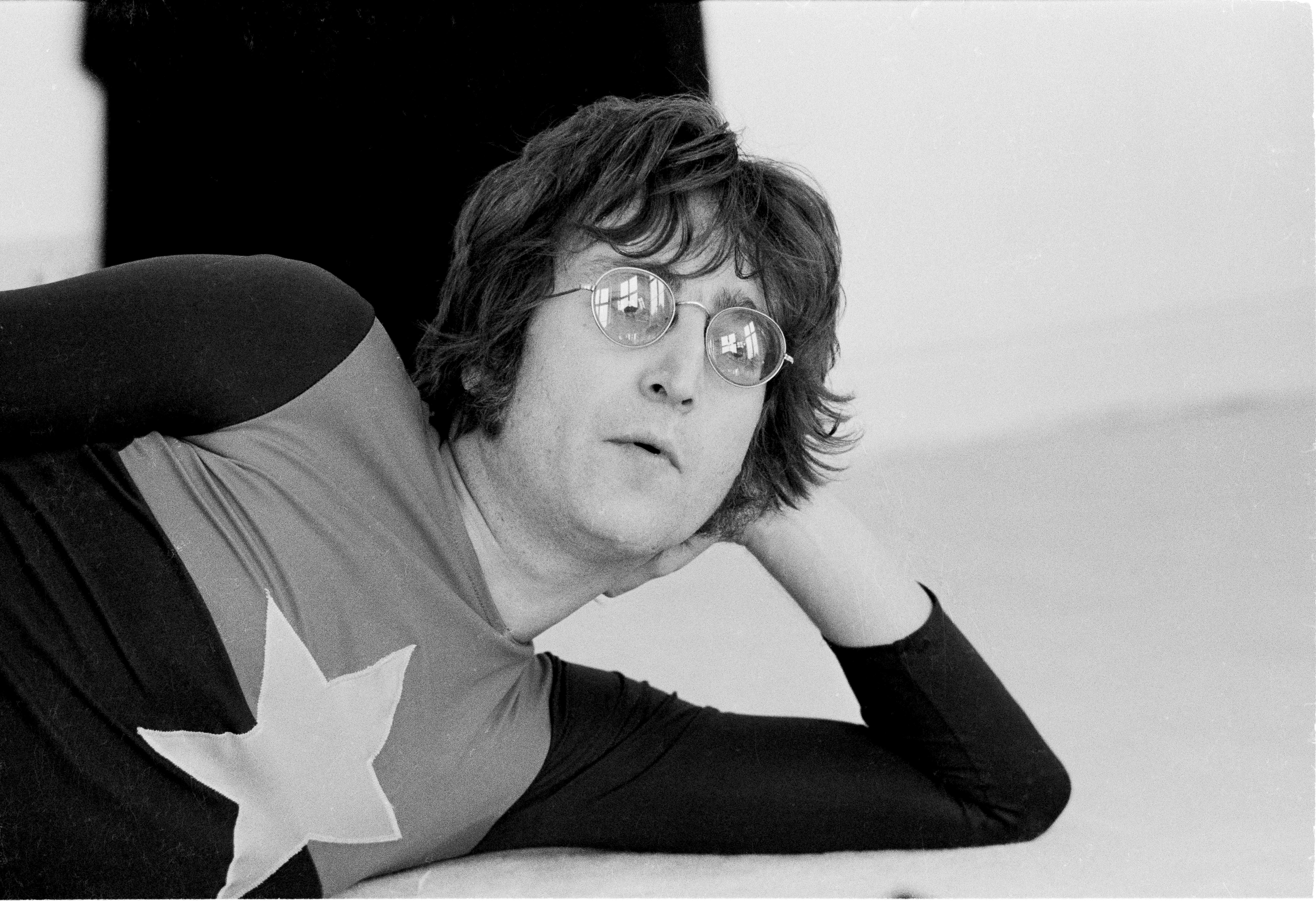 ¡Imagina esa cantidad! Las gafas de John Lennon fueron subastadas por casi tres y medio millones de pesos