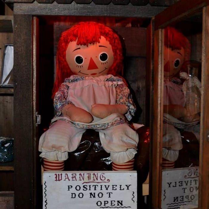 Annabelle muñeca