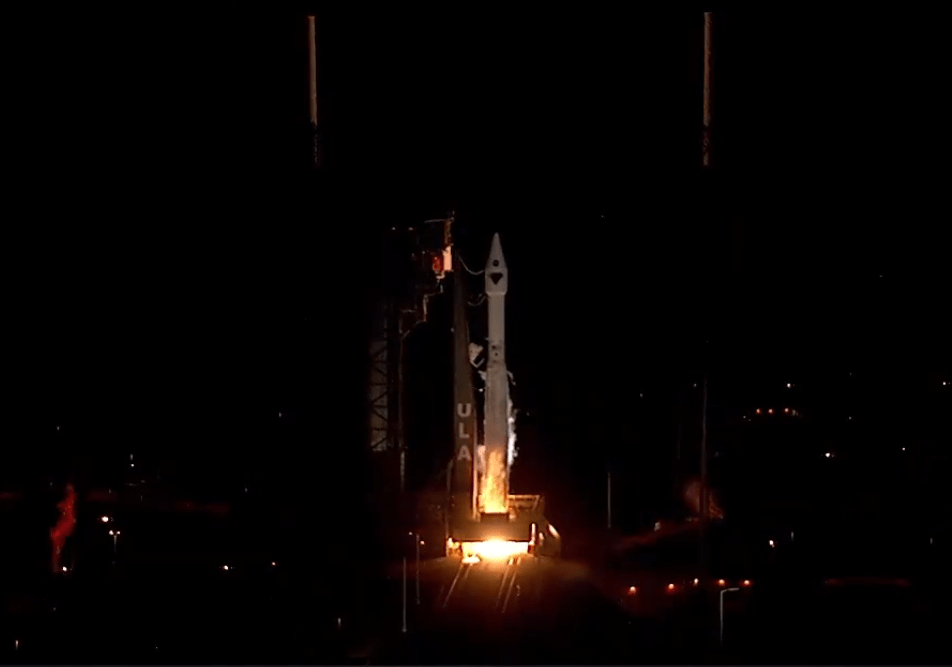 NASA envía con éxito la misión 'Lucy' para investigar orígenes del sistema solar